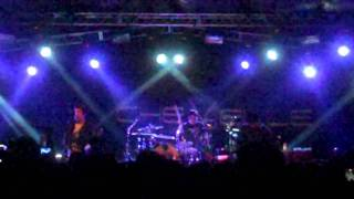 Chevelle - Brainiac (live at La Zona Rosa 12-14-11)