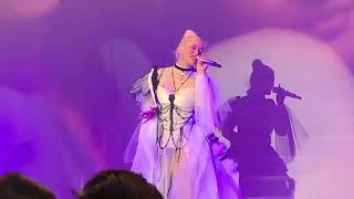 Christina Aguilera - Unless It's With You + Let There Be Love (Video Live)
