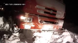 Трактор КИРОВЕЦ.  Борьба со снежной стихией (2) Ночной вызов.