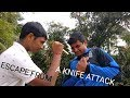HOWTO ESCAPE FROM A KNIFE ATTACK