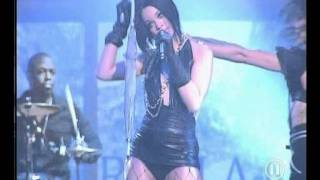 Rihanna   Umbrella (live @ The Dome 42).avi