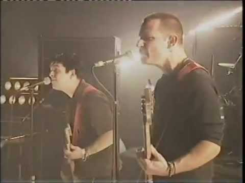 Green Day - Scattered - Live at TFI Friday