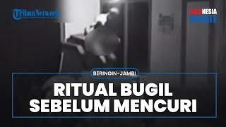 POPULER Video Detik-detik Ritual Tak Biasa Pencuri di Jambi, Lepas Baju hingga Bugil saat Beraksi