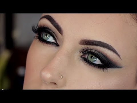 Maya Mia Sultry Cat Eye Tutorial With Anastasia Beverly Hills | Sephora