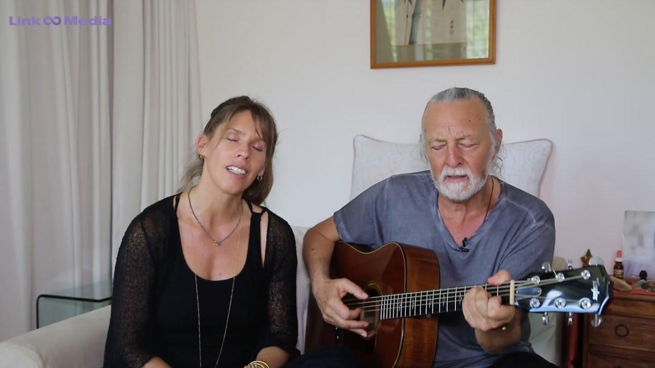 Deva Premal και Miten: 20 χρόνια σε περιοδεία τραγουδώντας μάντρα