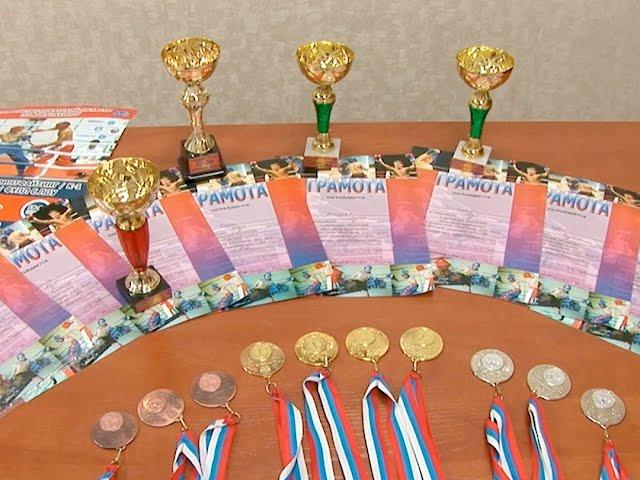 10 медалей по кикбоксингу