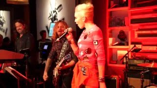 Gwen Stefani & Pharrell Williams LIVE 'Sweet Escape' & 'Spark the Fire' 2014