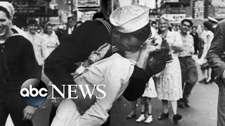 US Sailor Kissing Nurse In Famous WWII Photo Dies