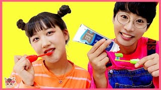 양치놀이 함께 해요! 인기동요 장난감 놀이 Brush your teeth Nursery Rhymes song pretend play morning Routine for Kids