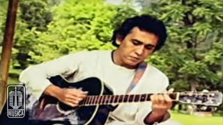 Lirik Lagu dan Kunci (Chord) Gitar 'Kumenanti Seorang Kekasih' - Iwan Fals