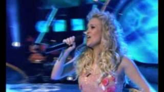 Carrie Underwood - MacArthur Park
