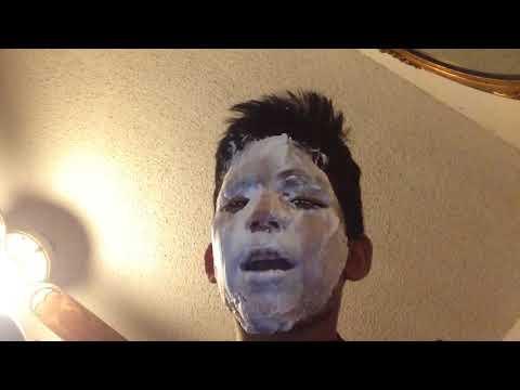 Face mask na may almirol at gliserol