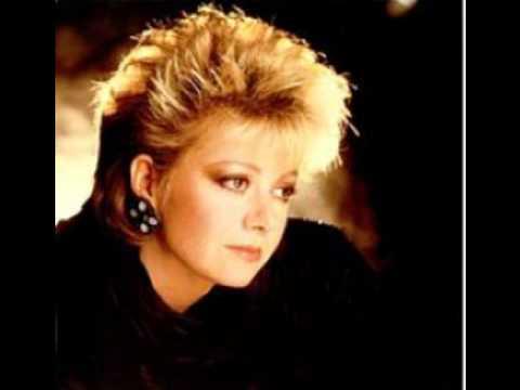 Elaine Paige single 14 - Tonight is the Night -1984