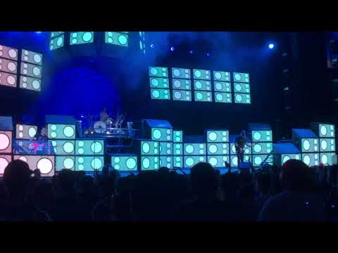 Blink 182 Cynical  & Part Of Blame It On My Youth Live Hartford CT