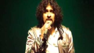 Soniyo - Sonu Nigam LIVE in Holland - Full Song