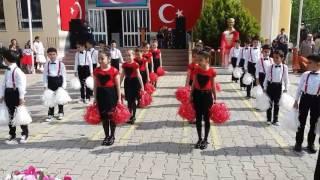 İzmir Orkide Ilkokulu 2/B Sınıfı 23 Nisan Gösterisi (ADEYYO)