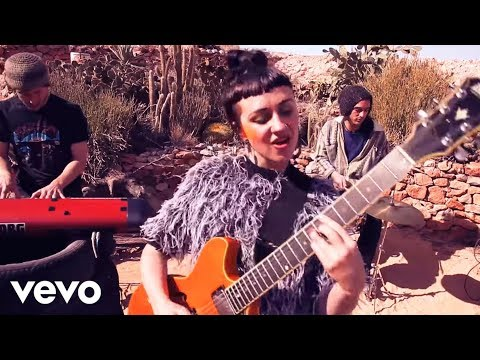 Nakamarra (Song) by Hiatus Kaiyote and Q-Tip