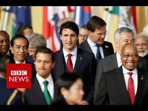 G20 SUMMIT: World leaders assemble for 'family photo' - BBC News
