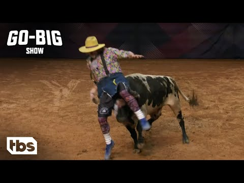 Watch This Bull Fighter Pull off an Incredible Move