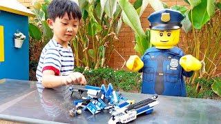 예준이의 블럭놀이 자동차 장난감 수리놀이 도와주기 Helps Repair Car Toys Play