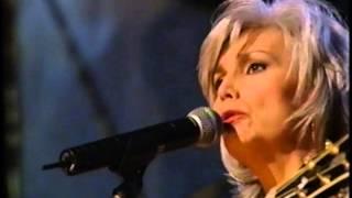 Emmylou Harris ft Beth Nielsen Chapman - Women Rock Concert
