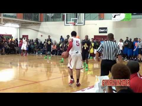 Brandone Franics goes off in front John Groce ( Florida Commit )