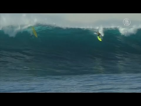 , title : 'Австралийский сёрфингист покорил гигантские волны (новости)'