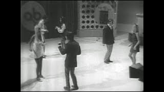 American Bandstand 1969 –Spotlight Dance- Commotion, Creedence Clearwater Revival