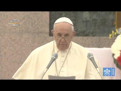 Hommage du pape aux martyrs chrétiens du Japon et angélus