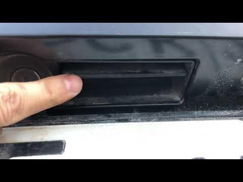 Mercedes w203 универсал. Некорректно работает ручка двери багажника.РЕШЕНО.