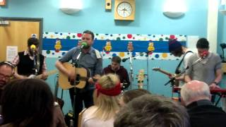 Frightened Rabbit - Scottish Wind @ Tom Morton Show (17-NOV-11)