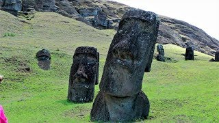 Rapa Nui -Velikonoční ostrov ,mše v Hanga Roa a střípky z ostrova