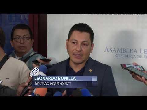 Fiscal Raúl Melara se reúne con diputados para conocer actuar de PNC y FAES en Asamblea