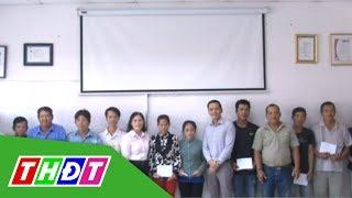 LĐLĐ tỉnh Đồng Tháp tặng quà Tết cho công nhân | THDT
