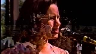 10,000 Maniacs - Gun Shy (Live)
