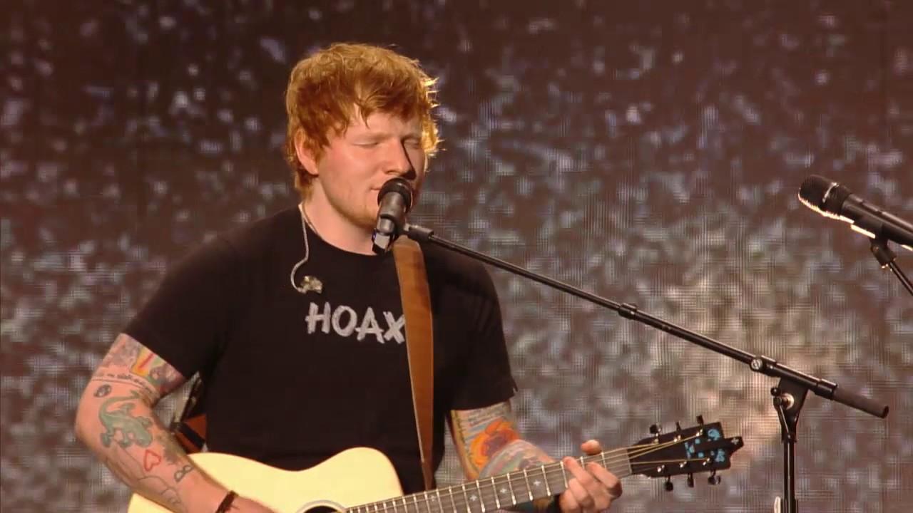 Lirik Lagu Castle on the Hill - Ed Sheeran dan Terjemahan
