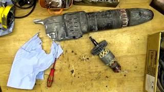 Hergestellt in Japan! Makita HM1202C Abbruchhammer zerlegen. Reparatur kostet 275 Euro.