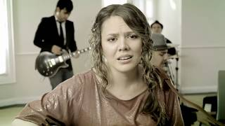 Corre - Jesse y Joy (Video)