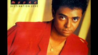 René Moore - Never Say Goodbye To Love