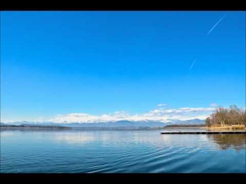 """""""Giochi di nuvole"""" sul Lago di Varese"""