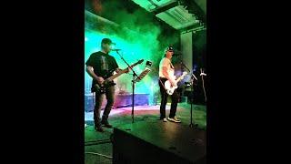 Video Holka čapni draka (B.S.P) - Coverversion by Brian Rock