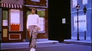1986 - El dancing in 'Grand Elusion' - Misfits of Science
