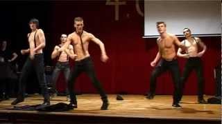 GKII IV.C sweethearts dancing Magic mike raining men dance