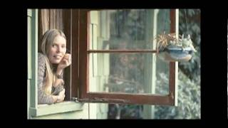 Strings Attached plays Dreamland from Back to the Garden a  tribute to Joni Mitchell