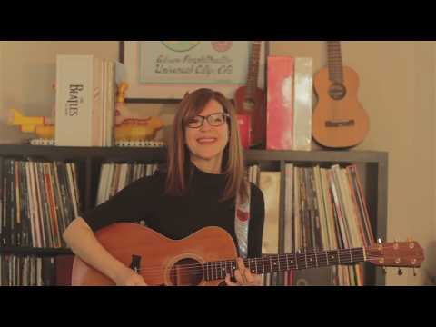 "Lisa Loeb performs ""Stay (I Missed You)"" while in quarantine"