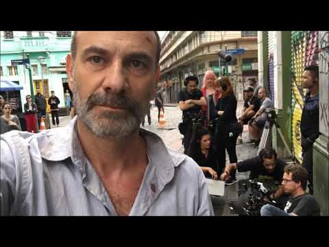 Marco Ricca tem alta hospitalar após tratar Covid-19