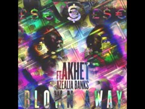 Música Blown Away (feat. Akhet)