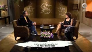 Conversando con Cristina Pacheco - Roberto Fiesco