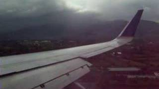 preview picture of video 'Landing in  San José, Costa Rica'