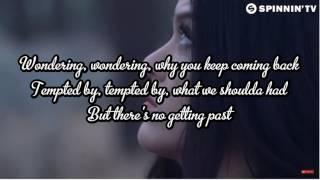 Breathe Carolina x IZII- ECHO Lyrics